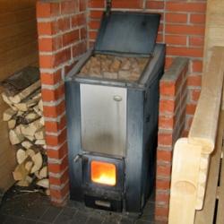 Пять преимуществ дровяной печи для бани или сауны