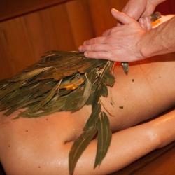 Массаж усиливает оздоровительный эффект сауны